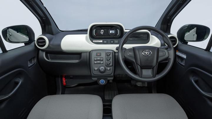 Elektrikli Toyota C+Pod İçi