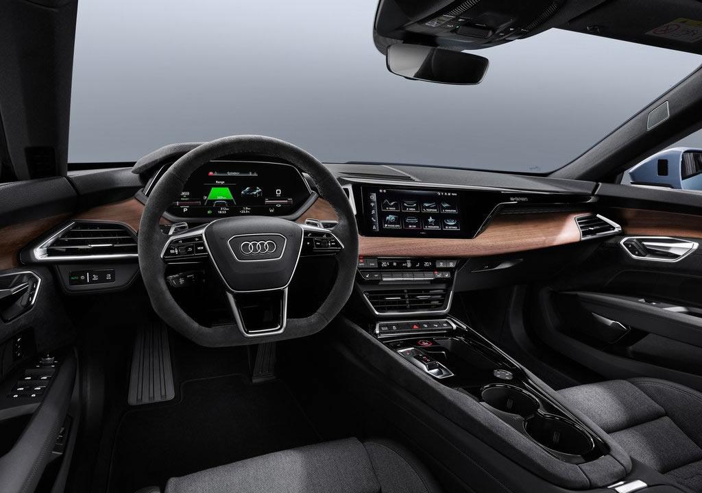 Audi e-tron GT quattro Kokpiti