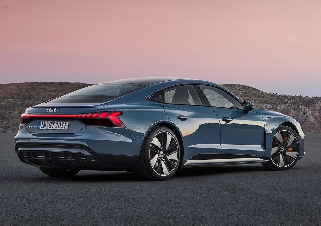 2022 Audi e-tron GT quattro Özellikleri