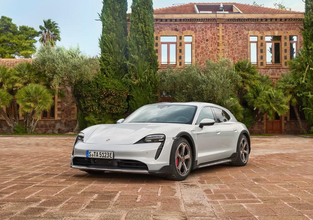 2022 Porsche Taycan 4S Cross Turismo Özellikleri