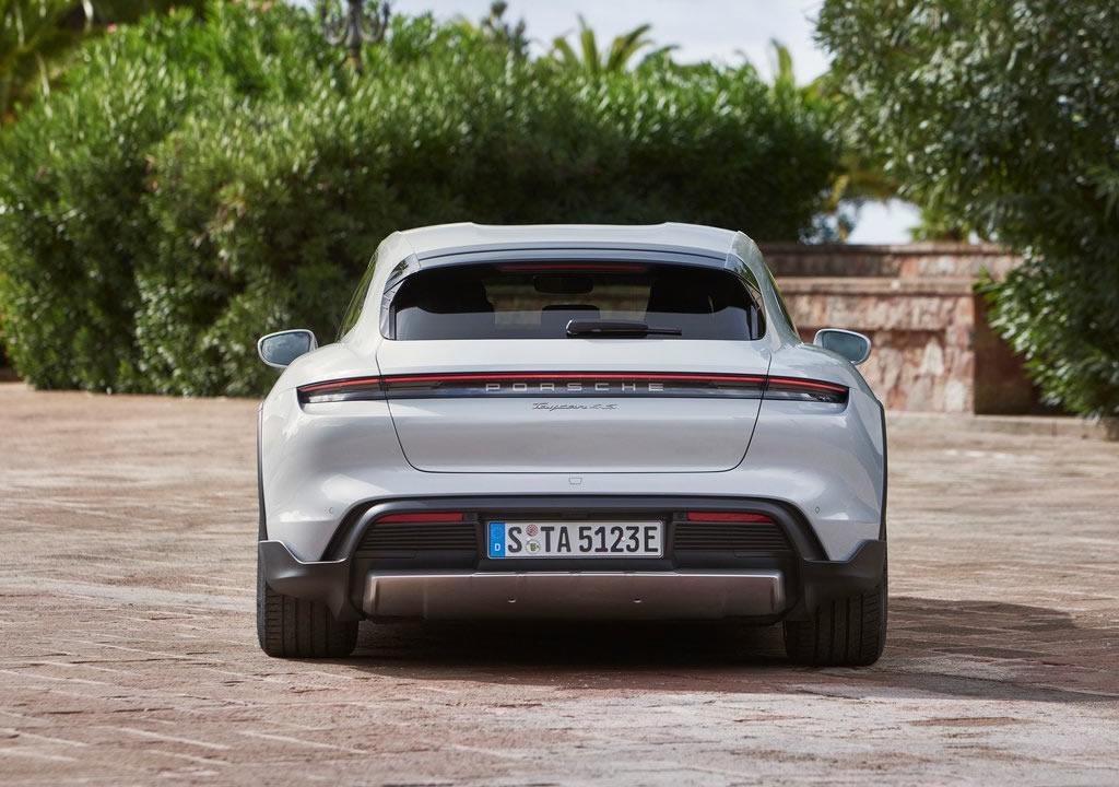 2022 Porsche Taycan 4S Cross Turismo Donanımları