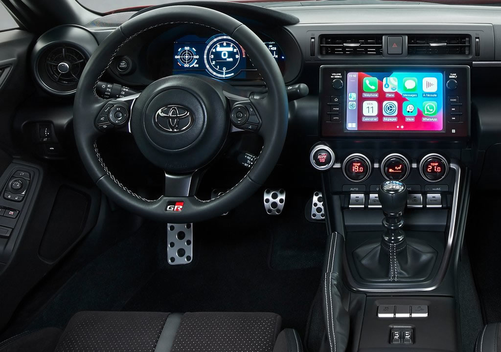 Yeni Toyota GR 86 Kokpiti