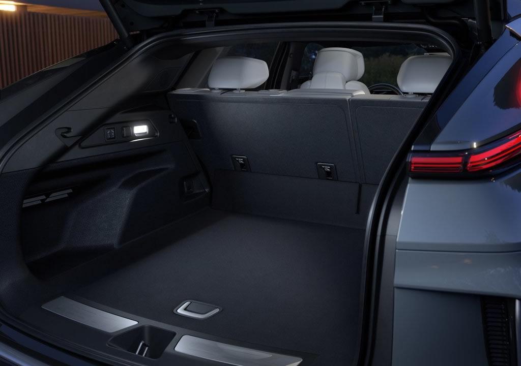 Cadillac Lyriq Bagaj Alanı