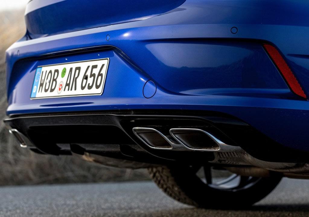 2021 Volkswagen Arteon R Egzoz Çıkışları