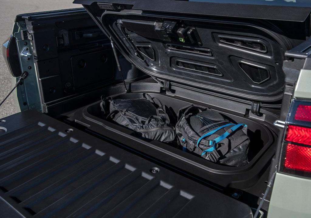 2022 Yeni Hyundai Santa Cruz Arkası