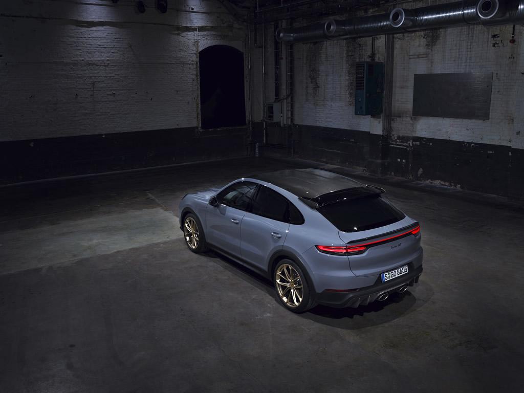 2022 Porsche Cayenne Turbo GT Teknik Özellikleri