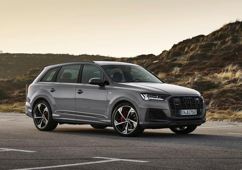 2022 Audi Q7 competition plus
