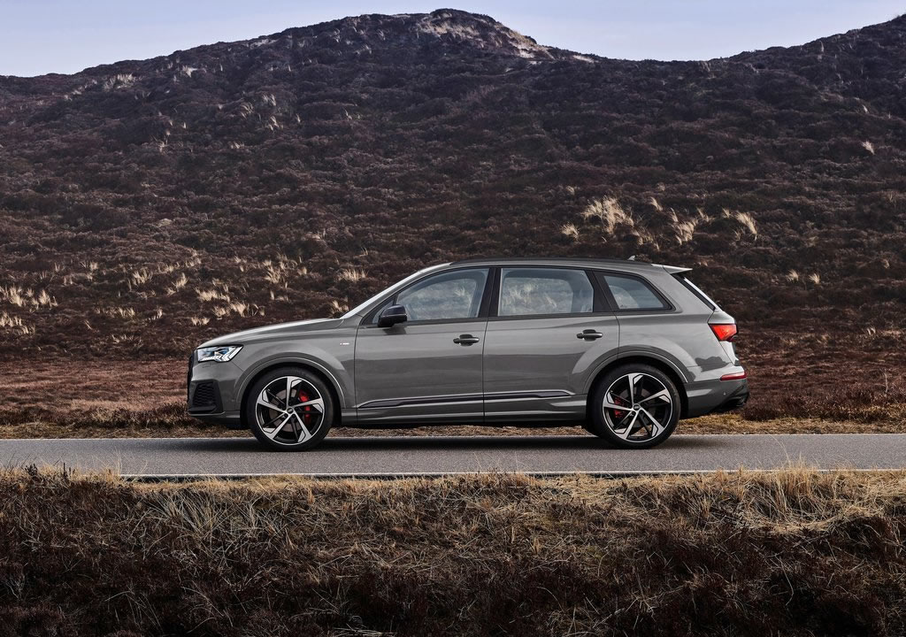 2022 Yeni Audi Q7 competition plus Fotoğrafları