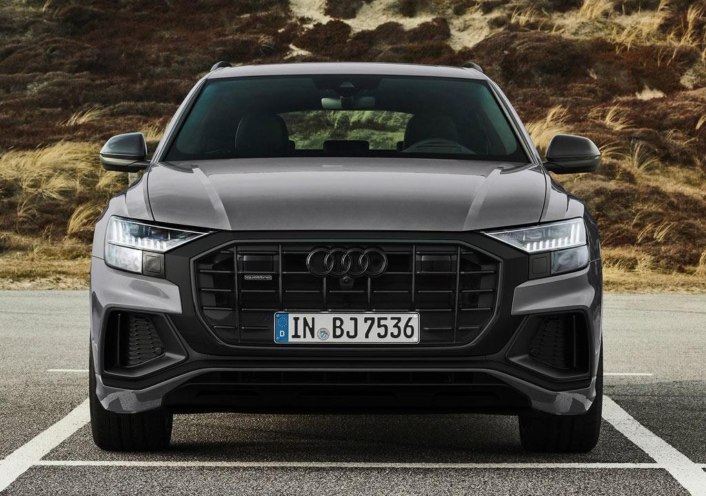 2022 Yeni Audi Q8 competition plus Fotoğrafları