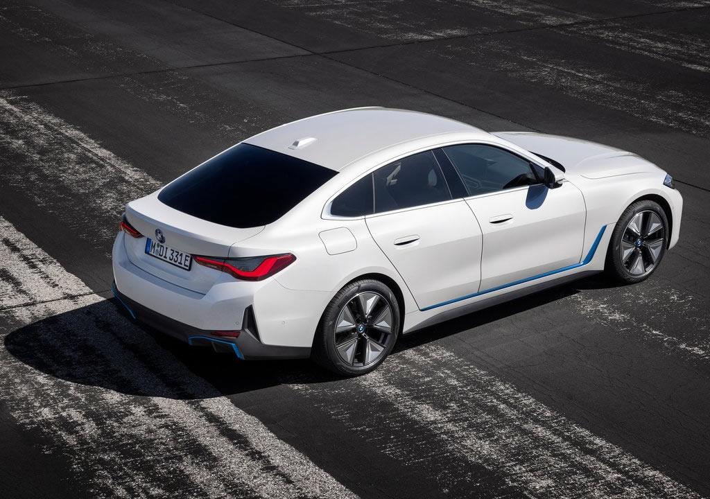 BMW i4 0-100 km/s