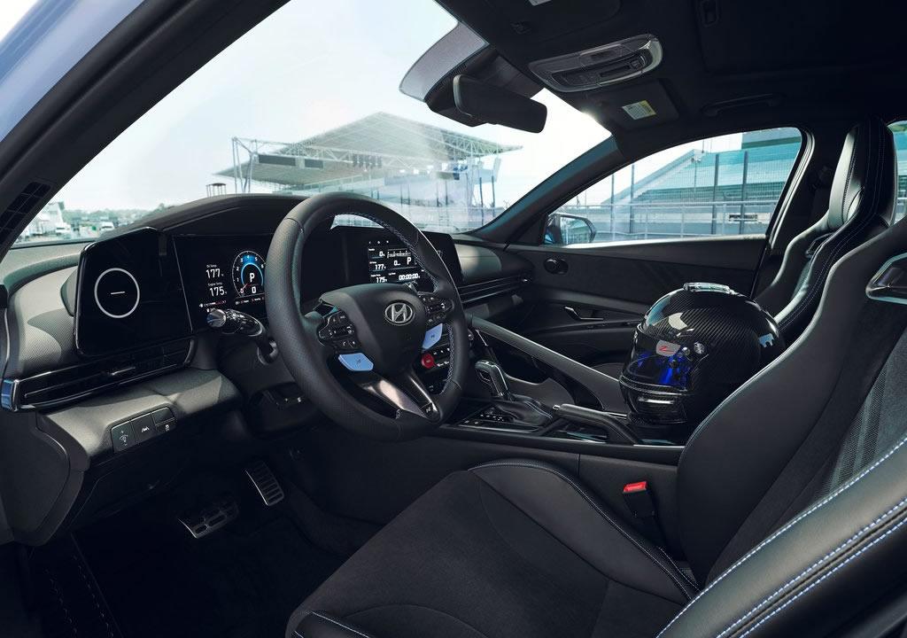 2022 Hyundai Elantra N İçi