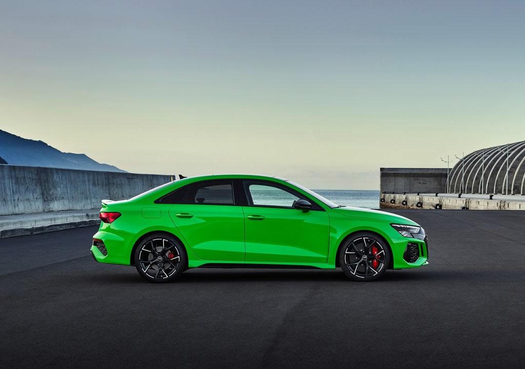 2022 Yeni Kasa Audi RS3 Sedan Fotoğrafları