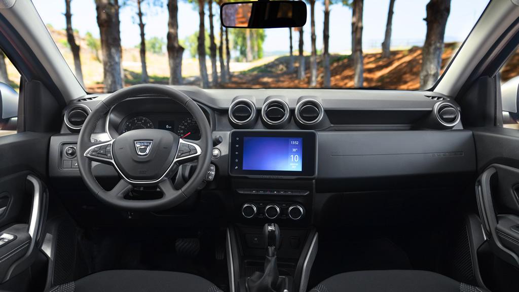 2021 Yeni Dacia Duster Kokpiti