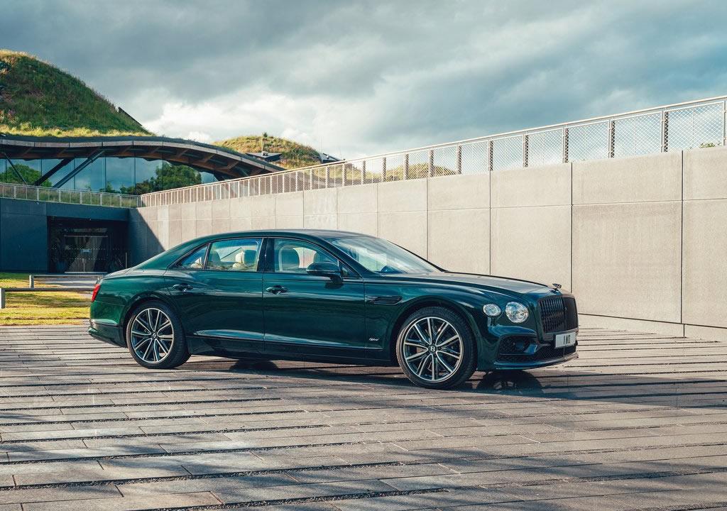 2022 Bentley Flying Spur Hybrid Özellikleri