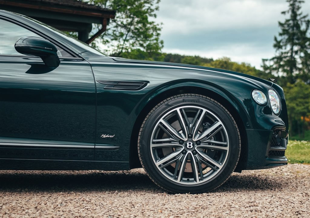 2022 Bentley Flying Spur Hybrid 0-100 km/s