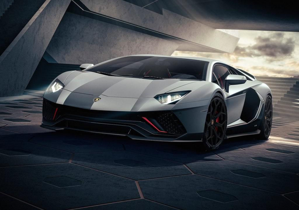 2022 Lamborghini Aventador LP780-4 Ultimae Özellikleri