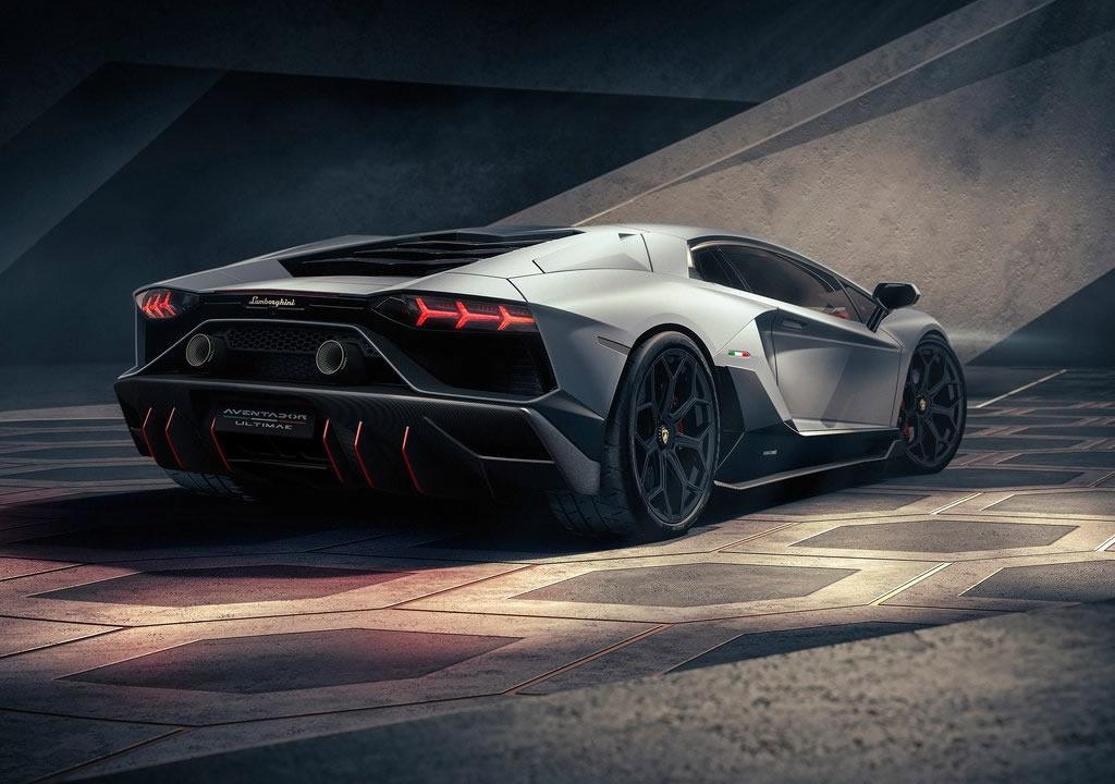 2022 Lamborghini Aventador LP780-4 Ultimae Teknik Özellikleri