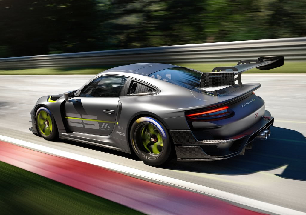 2022 Porsche 911 GT2 RS Clubsport 25 Fotoğrafları