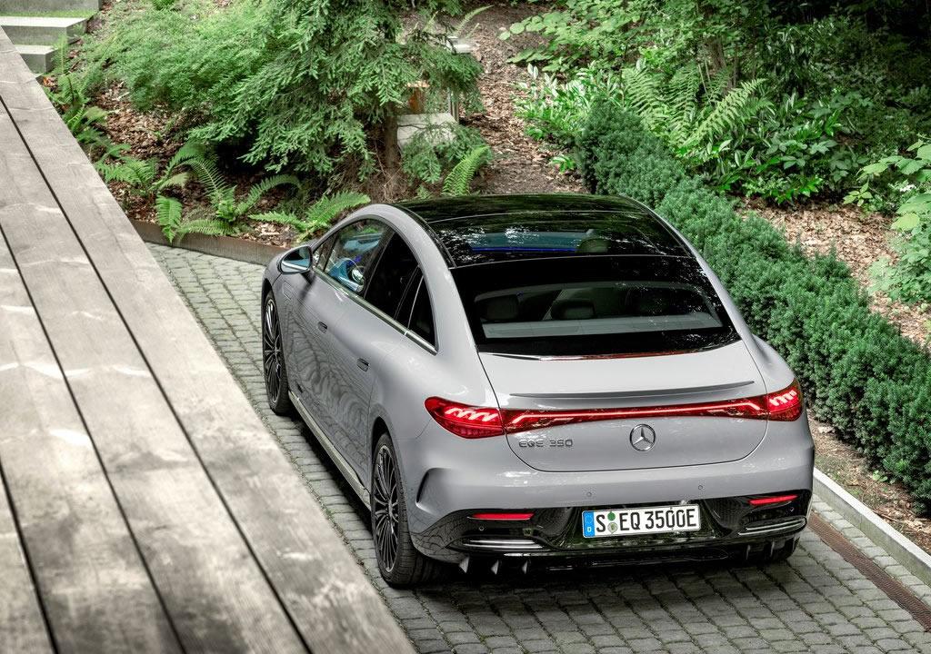 2023 Yeni Mercedes-Benz EQE Fotoğrafları
