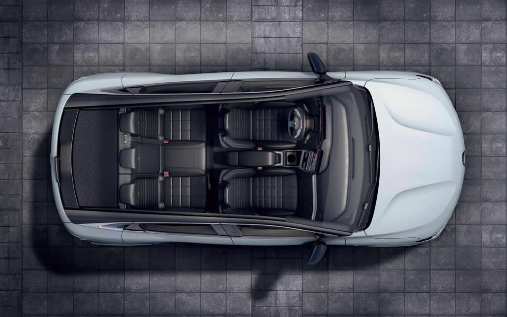 Yeni Renault Megane E-Tech İçi