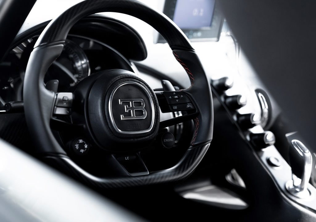 2022 Bugatti Chiron Super Sport 300 Kokpiti